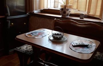 Продам 3-комнатную квартиру в первом доме от метро Холодная гора